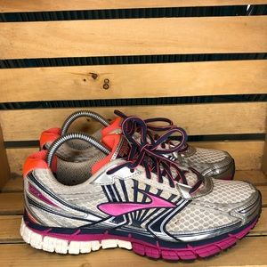 BROOKS Adrenaline GTS 14 Women's Running Shoe
